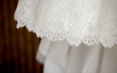 Přehlídka svatebních krajek s přední odbornicí