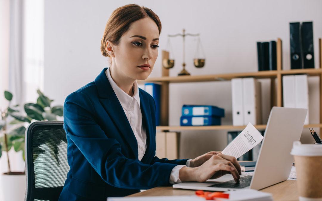 5 pravidel pro dámskou business módu